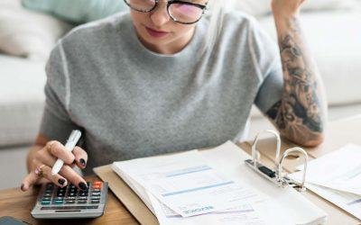 El deudor moroso debe abonar 40 euros por cada factura pagada fuera de plazo